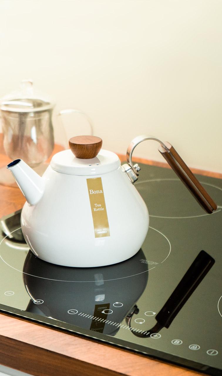 Hario - Bona Tea Kettle | profesjonalny czajnik do herbaty | 0,8l