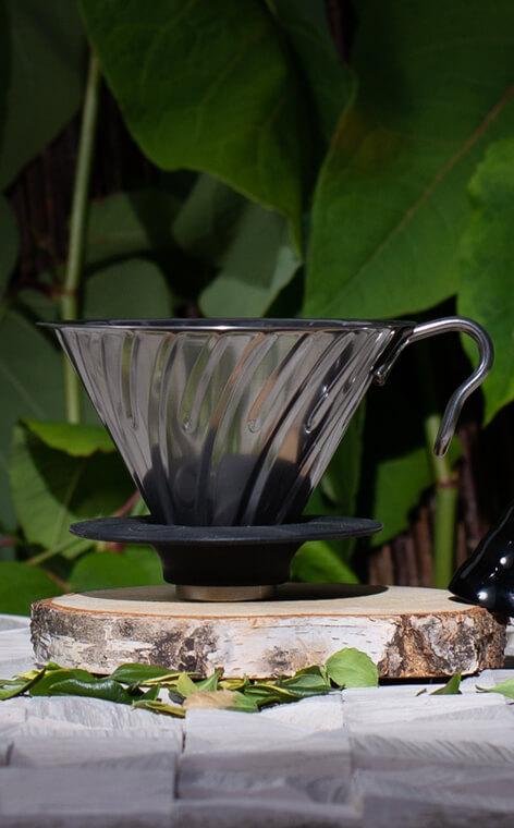 Hario - metalowy Drip V60-02 | drip do kawy | stalowy z silikonową podstawką