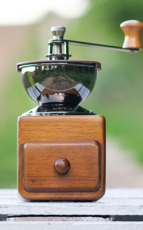 Hario - Small Coffee Grinder MM-2 | Młynek do kawy