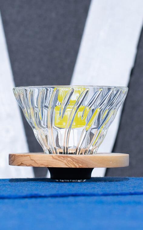 Hario - szklany Drip V60-02 | drip do kawy | Olive Wood